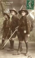 CPA RARE BOY SCOUTS TOUS PRETS - Scoutisme