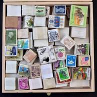 O 3.000 Vegyes Bélyeg Rengeteg Képessel Méret Szerint összekötegelve - Stamps