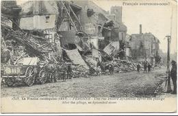 GUERRE 14 18 PERONNE LA FRANCE RECONQUISE UNE RUE EN 1917 - Peronne