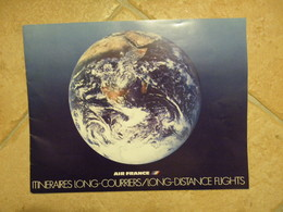 BROCHURE 1977 AIR FRANCE ITINÉRAIRES LONG-COURRIERS Concorde - A 300 - - Magazines Inflight