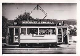 Photo Ancienne  Neuchatel Tramway Electrique ( Peseux Corcelles ) Publicité Henniez Lithinée Train Chemin De Fer Suisse - Trains