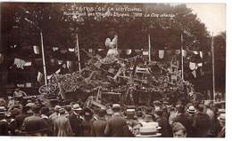 Guerre 1914 1918 Fetes De La  Victoire Rond Point Des Champs Elysées 1918 Le Coq Chante - Guerre 1914-18