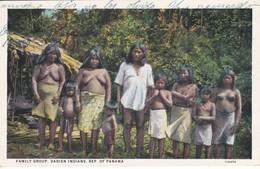 POSTAL DE FAMILY GROUP, DARIEN INDIANS DEL AÑO 1933 (L. MADURO) - Panamá