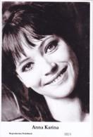 ANNA KARINA - Film Star Pin Up PHOTO Postcard - Publisher Swiftsure Postcards 2000 - Postales