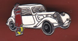 54320-Pin's.voiture Ancienne.pin Up.. - Badges