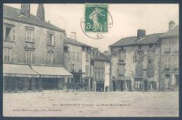 23 BOURGANEUF Creuse La Place Martin Nadaud - Bourganeuf