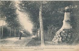 Conlie (72 - Sarthe) Route De Sillé - Le Monument Aux Morts De 1870 Et De L'armée De Bretagne - Conlie