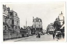 (21401-35) Saint Servan - Place De L'Hôtel De Ville - Saint Servan
