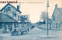GOUVIEUX RUE BLANCHE ET ARRET DE L'AUTOBUS AUTOMOBILE CHANTILLY CAMION BUS CAR 60 OISE - Gouvieux