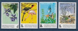 SINGAPORE - YVERT N° 108/111 * MLH - COTE = 25 EUR. - OISEAUX / POISSONS / FLEURS - Singapour (1959-...)