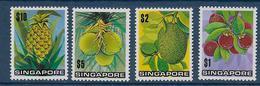 SINGAPORE - YVERT N° 197/200 ** MNH - COTE = 47 EUR. - FRUITS - Singapour (1959-...)