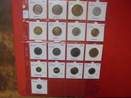 MAROC LOT 17 MONNAIES DIFFERENTES - Coins & Banknotes