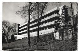 CPSM Dentelée En NB Et En PF De  FONTAINEBLEAU  (77)  -  Fontainebleau-Avon  -  Le  Prieuré       // TBE - Fontainebleau