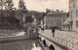 836 - Cpa 10  Bar Sur Seine - La Rue Thiers - Bar-sur-Seine