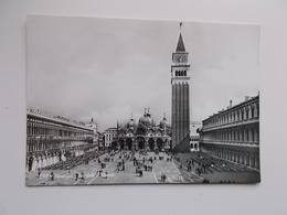 VENEZIA - Vera Fotografia , Real Photo -  Piazati San Marco - Venezia (Venice)