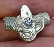 BMW - German Carauto PINS BADGES P - BMW