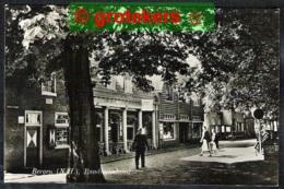 BERGEN (N.H.) Raadhuisstraat Met CR Het Huis Met De Pilaren 1958 - Nederland