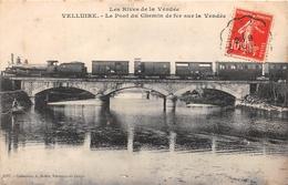 ¤¤   -    VELLUIRE    -   Le Pont Du Chemin De Fer Sur La Vendée   -  Train   -   ¤¤ - France