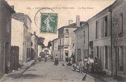 ¤¤   -    LE GUE-de-VELLUIRE    -   La Rue Basse   -   ¤¤ - France