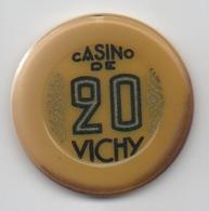 Jeton De Casino De Vichy 20 Anciens Francs (Très Mal-Scané = ROUGE) - Casino