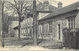 -dpts Div.-ref-AD394- Essonne - Le Plessis Chenet - Mairie - Ecole - Poste - Ecoles - Postes - P.t.t.- Carte Bon Etat - - France