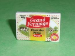 Fèves / Autres / Divers / Alimentation : Beurre Grand Fermage , Charentes Poitou  T43 - Fèves