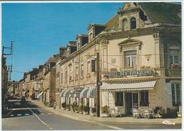 """Le Lion D'Angers-""""L'Hôtel Des Voyageurs"""" Et La Rue Du Général Leclerc (CPM) - Sonstige Gemeinden"""