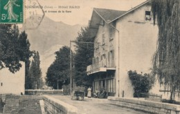 H164 - 38 - BRIGNOUD - Isère - Hôtel Bard Et Avenue De La Gare - Otros Municipios