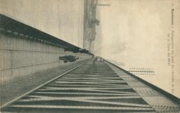 33 BORDEAUX / Perspective Du Pont Du Chemin De Fer / - Bordeaux