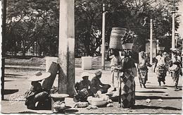 X116687 TOGO LOME UN COIN DU PETIT MARCHE - Togo