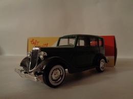 FORD V 8 - 1936 -Solido - Solido