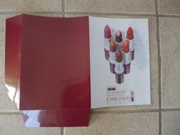 Chemise à Rabats Format A3 Plié A4 Publicité Publicitaire Rimmel New Maximum Hydra Colour Lipstick Chicogo RARE ! - Parfums & Beauté