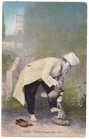 8849 Bosnia & Herzegovina, Old Postcard Unused: Turkish Old Man Priming For Prayer - Bosnie-Herzegovine