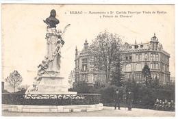 POSTAL     BILBAO  -PAIS VASCO  - MONUMENTO A Dª CASILDA ITURRIZAR VIUDA DE ESPALZA Y EL PALACIO DE CHAVARRI - Vizcaya (Bilbao)