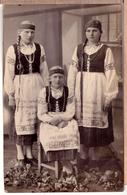 Latvia. Lettland. Latvian People Dressed In Folkl Costumes. Real Photo.1920s - Lettonie