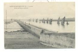 Vendée , Saint Gilles Croix De Vie , Les Jetées , Sortie Des Bateaux Sardiniers - Saint Gilles Croix De Vie