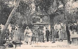 ALGERIE    -  NEMOURS   -  Square Et Place Du Marché - Algérie