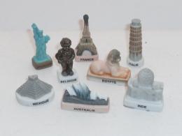 FEVE LES MONUMENTS EMBLEMES DES PAYS, LOT DE 8 - Charms
