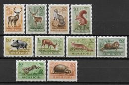 HONGRIE - AERIEN YVERT N° 136/145 ** MNH - COTE = 14 EUR. - FAUNE ET FLORE - - Airmail