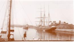 Voilier - Photo ! C.1900 Trois Mats Courseulles Sur Mer - Pecheur - Bateaux