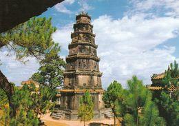 1 AK Vietnam * Phuoc Duyen Tower Der Thien Mu Pagode - Ein Buddhistisches Kloster In Hue - Erbaut Ab 1601 - Viêt-Nam