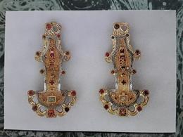 Paire De Fibules, JOUY LE COMTE, Seine & Oise,VI E Siecle Ap JC,Saint Germain En Laye , Musee Des Antiquités Nationales - Belle-Arti