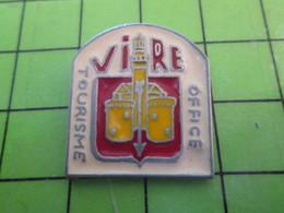 1118B Pin's Pins / Rare Et De Belle Qualité / THEME VILLES : NORMANDIE CALVADOS VIRE OFFICE DE TOURISME - Città