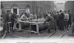 PARIS INONDE LE GENIE CONSTRUISANT DES RADEAUX TBE - Überschwemmung 1910