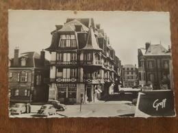 Etretat - La Résidence - Le Bazar De La Plage - Boulevard Charles Lourdel - Cachet Touristique Les Plus Belles Falaises - Etretat