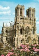 1 AK Frankreich * Kathedrale Notre-Dame In Reims - Hier Wurden Die Französischen Könige Gekrönt - Seit 1991 UNESCO Erbe - Reims