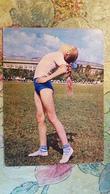 LITTLE GIRL -  School In Soviet Union  - OLD USSR Postcard -1972 - FILLE - FILLETTE - Groupes D'enfants & Familles