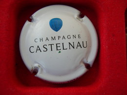 *  Capsule De Champagne  CASTELNAU  N° ? * - Unclassified