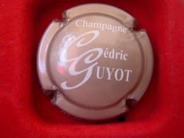 *  Capsule De Champagne  GUYOT Cédric  N° ? * - Capsules