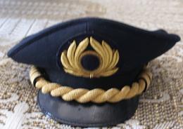BERRETTO DA COMANDANTE DI AEREI PASSEGGERI - Headpieces, Headdresses